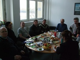 Gemeinsames Essen zum Abschluss des Integrationskurses