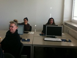 Blick in die Gruppe Sprachpraxis & Berufspraxis