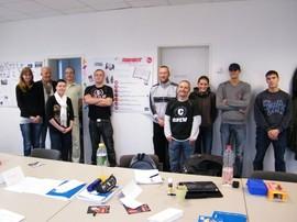 Die Teilnehmer des 3. Projektabschnitts in ihrem Projektraum