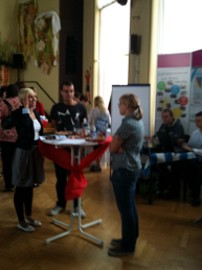 Am GBB-Messestand