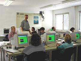 EDV-Kurs mit monochromen Bildschirmen
