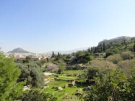 Akropolis mit Blick zum Lykavittos